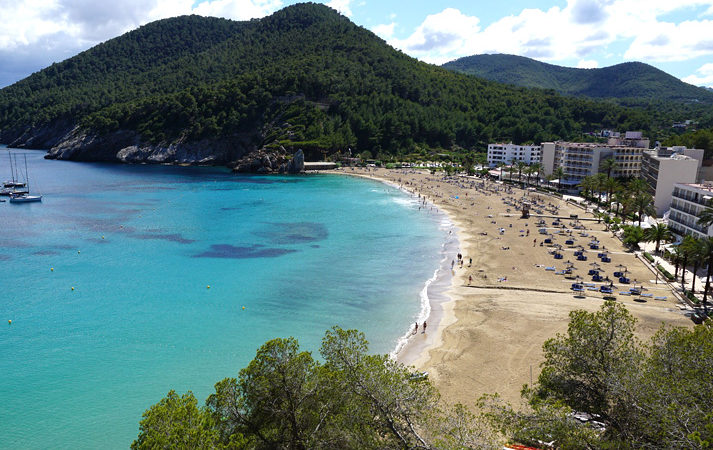 best burger Ibiza beaches rent a car On The beach cala sant Vicent