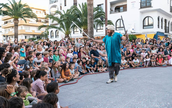 "Santa Eulària des Riu they celebrate ""Barruguet"" Theatre Festival, a unique plan to enjoy with the children"