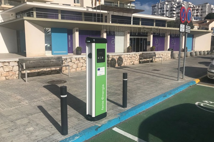 recharge electric vehicles in Ibiza